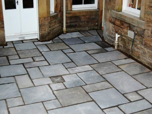 Caithness slate paving