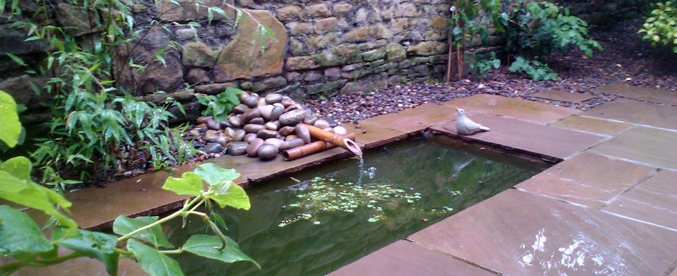 garden water features edinburgh