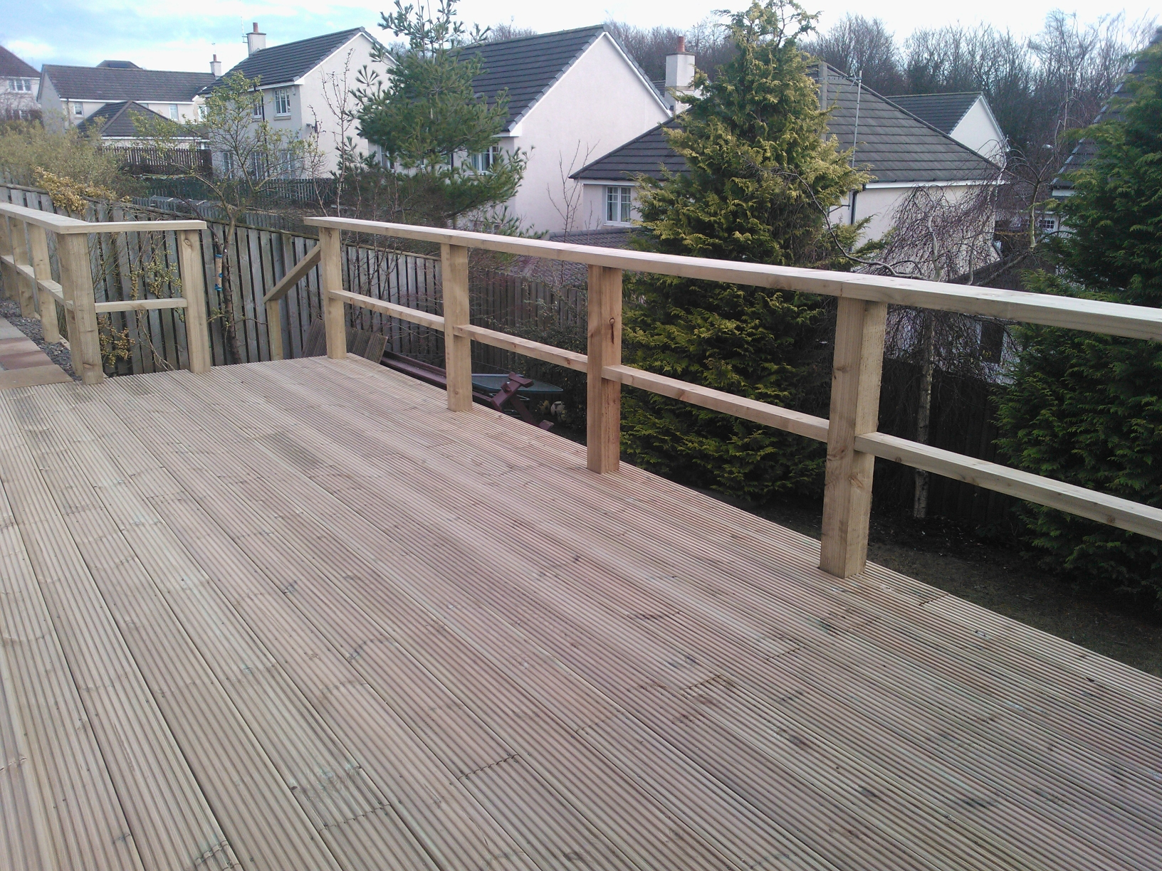 Garden decking project in edinburgh the garden for Garden decking companies